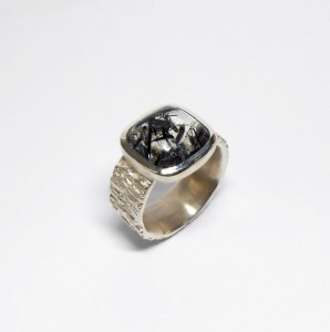 Ring aus Silber mit Turmalinquarz